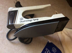 Charlescraft Dual Voltage Spray Travel Iron Kingston Kingston Area image 6