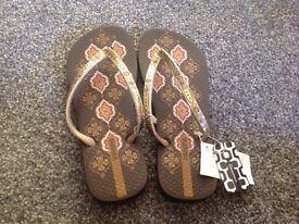 Ipanema flip flops- new, size 38