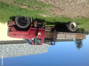 Ford F600 dump / farm truck, runs and starts well, gd condition