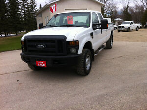2010 FORD F350 XL CREW CAB 8' LONG BOX 4x4