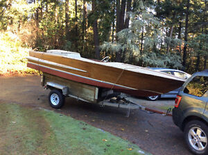 18' Chris craft Holiday project boat