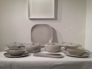 Vintage Mid Century Set of Russel Wright American Modern Dishes