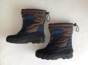 Sorel kids winter boots, youth size 5