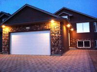 3+ Bedroom HOUSE IN STONEBRIDGE AVAILABLE OCT 1!!
