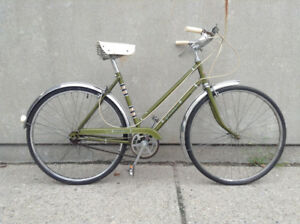 Glider - Vintage 3 speed Cruiser Bike - small/medium