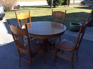 Antique Table/Chairs
