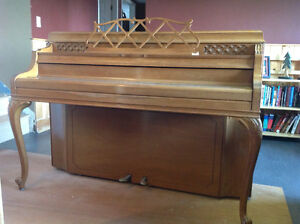 Beautiful Steinway & Sons Upright Piano