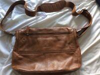 Hidesign leather messenger bag