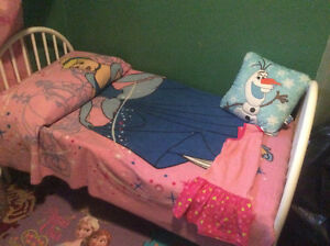 Toddler bed Cornwall Ontario image 3