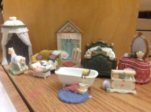 BEDROOM/BATH Doll House Miniatures Perfect for 3D cards
