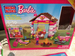 Mega Block Barbie Box age 4-10. (210 pcs)