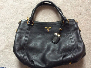 Authentic Prada leather bag Downtown-West End Greater Vancouver Area image 1
