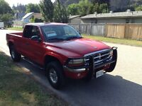 1997 Dodge Dakota SLT Pickup Truck