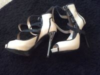 LADIES SIZE 6 RIVER ISLAND SHOES CREAM/BLACK - GOOD CONDITION