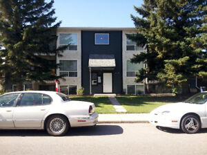 Bowness: 1 Bedroom, Available December 21