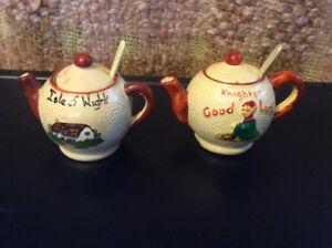 Miniature pottery souvenirs