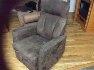 Looking for twin of this chair