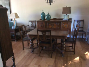 Gibbard Table and 6 chairs