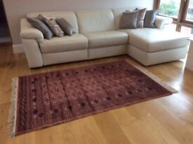 Beautiful Bokhara Rug, darkish pink/rust coloured, 100% wool, hand knotted