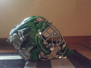 Hulk itech goalie mask