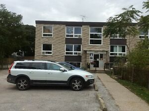 Free 1/2 month for 2 bedroom apartment near hospital