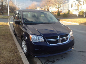 2014 Dodge Grand Caravan V6 3.6L 7 Pass 24,000km