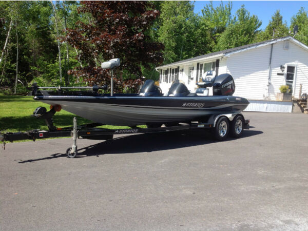 Used 2007 Stratos Boat Co STRATOS 201 PRO XL BASS BOAT