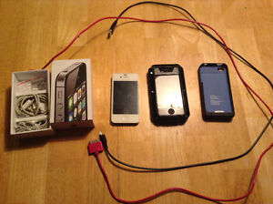 8 gb iPhone 4 + Charge case