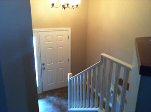 REDUCED PRICE Newer Upper House Rental Penhold
