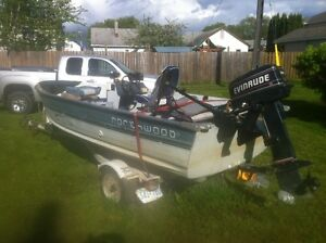 Awesome fishing boat 14FT Northwood 30HP Evinrude with trailer