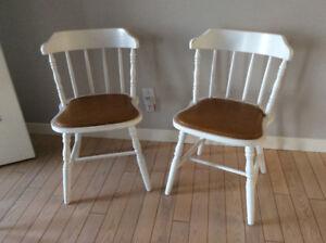Chaises pour comptoir ou autres  (voir photos)