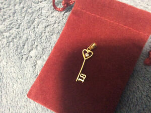 "22kt GOLD CHARM ""18"" with Diamond"