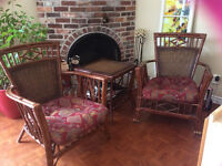 Lounge chaine & table wicker