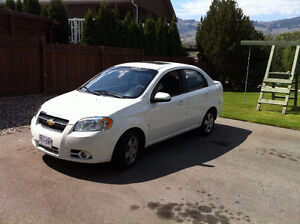 2007 Chevrolet Aveo with only 89,000kms for quick sale!