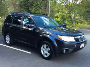 2010 Subaru Forester  AWD Touring Package 2.5 X