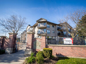 2 Bedroom, 2 Full Bathrooms Masonville Condo for Rent $1400+Hydr