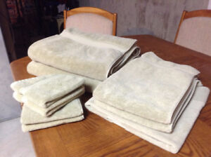 Plush Towel Set