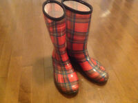 Kamik Rain Boots Size 9