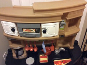 Large Step 2 play Kitchen and accessories Stratford Kitchener Area image 3