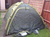 REGETTA 4 Man Pop up Tent, Ground Sheet and mosquito net