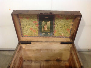 Old Chest Cornwall Ontario image 2
