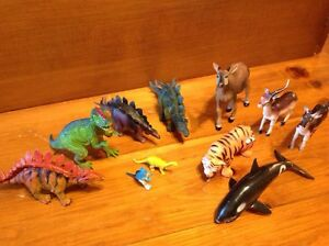 Lot of animals and Dinosaur rubber plastic toys Windsor Region Ontario image 5