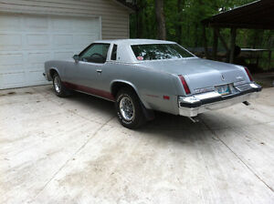 1976 Oldsmobile Cutlass Supreme Brougham Coupe