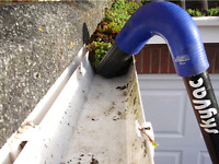 Eavestroughs cleaning