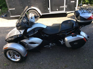 can am Spyder GS 2008 with only 23 000 kms ! 9000.00$