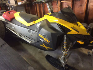 Skidoo summit 800r and single sled deck