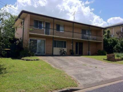 Walk to Griffith Uni: Single room, Student Share-house