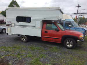 1999 GMG 1500 se 4.3 V6 auto with permanent camper as is $1700.0