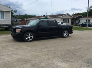 2008 GMC Other Pickup Truck