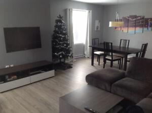 Chambre à louer janvier - Sherbrooke près du Carrefour